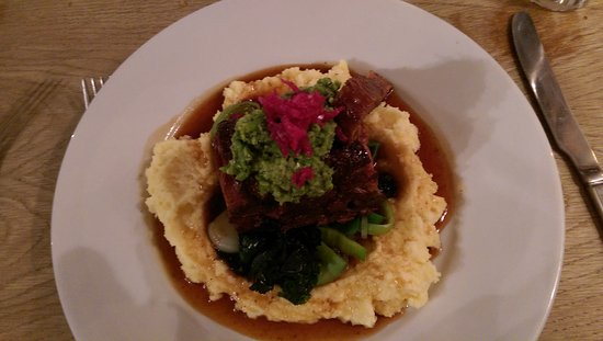 Pettistree, UK : Slow cooked lamb shoulder...