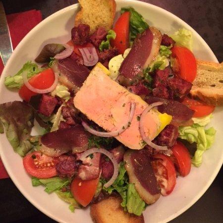 La Marine : salade périgourdine très copieuse