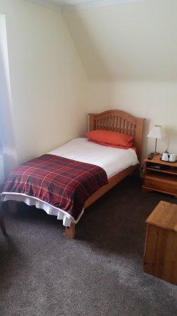 The Ord Arms: Twin en-suite room