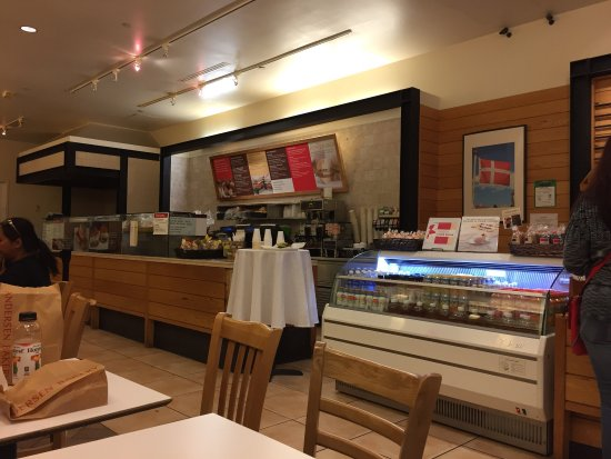 a great bakery and healthy eating restaurant in sun valley mall