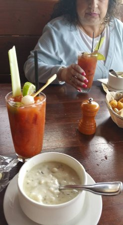 McMenamins Lighthouse Brewpub: Clam Chowder and Bloody Mary's, tater tots with some kind of black truffle drizzle. Yuk, my opin