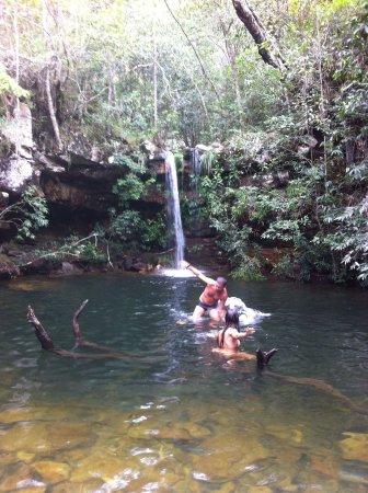 Cachoeira Loquinhas: Uma de muitas que tem lá