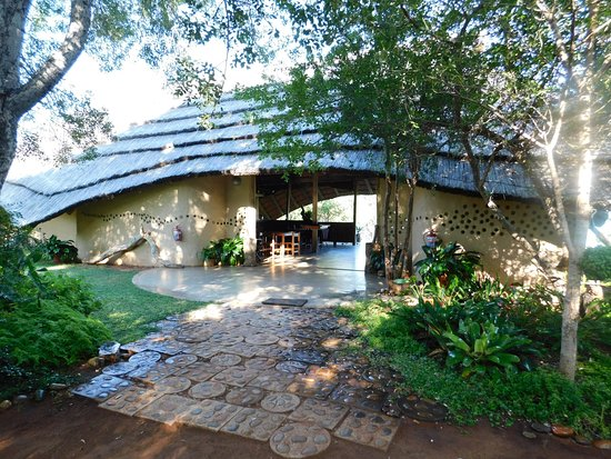 Covane Community Lodge: Eingang Restaurant/Bar