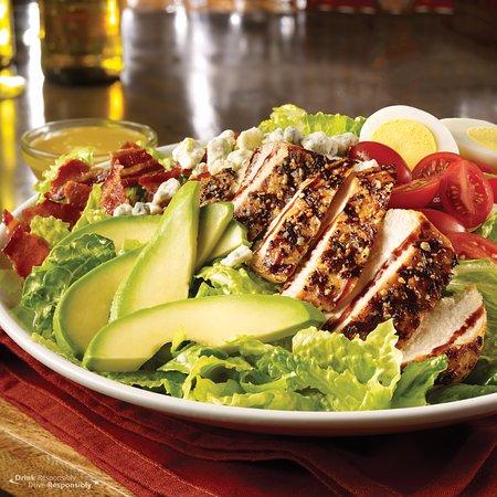 Garner, North Carolina: Cobb Salad with Grilled Chicken