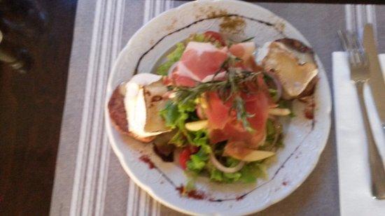 salade andouille camembert et jambon cru photo de le gohan barneville carteret tripadvisor. Black Bedroom Furniture Sets. Home Design Ideas
