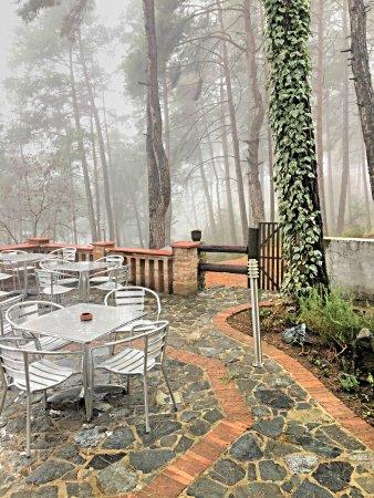 Semiramis Hotel: Raining day