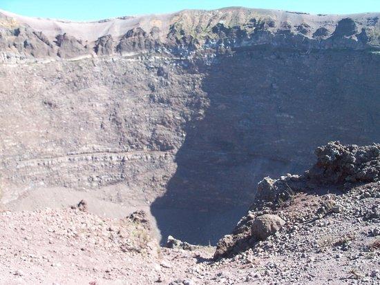 Busvia del Vesuvio: Mt. Vesuvius- Creator