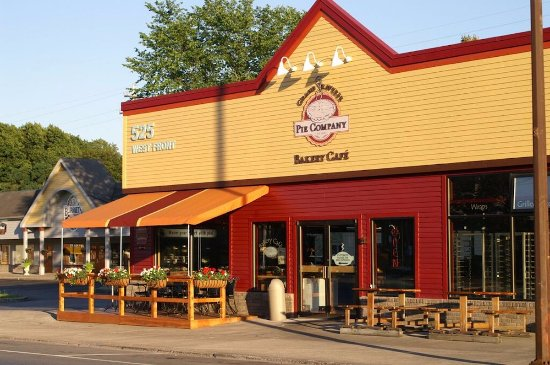 Grand Traverse Pie Co.: The original Grand Traverse Pie Company on West Front Street in Traverse City