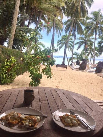 Sunhaven Beach Bungalows: Amazing breakfast view!