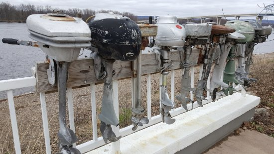 Wabasha, MN: the riverfront and outboard motors display