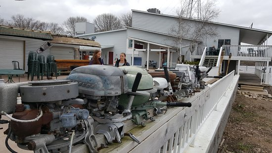 Wabasha, MN: the antique outboard motors and the restaurant