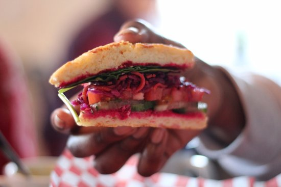 Mahone Bay, Canada: Our veggie sandwich with housemade beet hummus & red cabbage slaw on a buttermilk biscuit