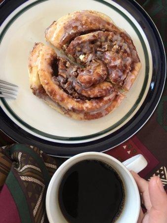 Donut Haus : Pecan Roll