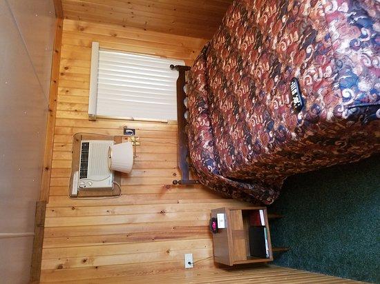Montello, WI: Hilltop Motel