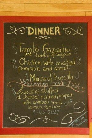 Refugio Torre Central-Torres del Paine: Sample dinner menu