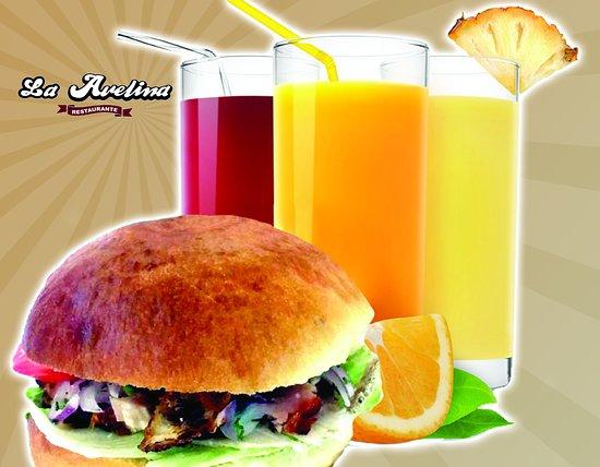 Tambillo, Ecuador: A media mañana o a media tarde. Disfrúta de nuestros sánduches, jugos, batidos y snacks.