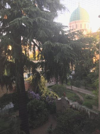 1865 Residenza d'epoca: Beautiful garden view out of our room
