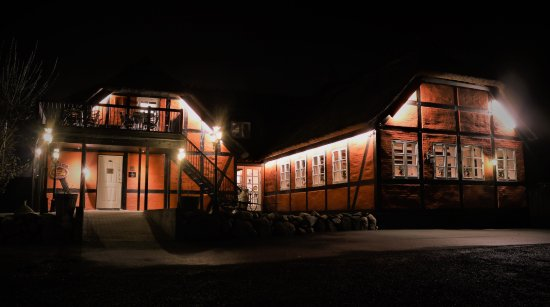 Soroe, Dania: Støvlet Katrines Hus by night