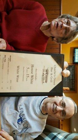 Spencer, MA: Charlie's Diner