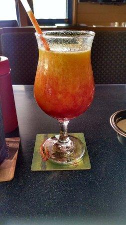 JJ's Broiler : Kauai Sunset Drink