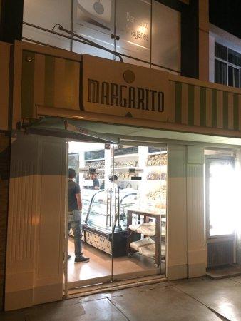 Pasteleria Margarito: Pastelería Margarito