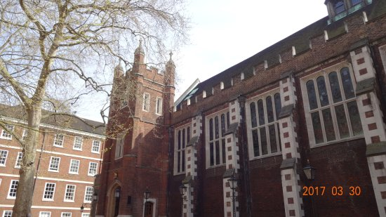 Hotels Near Middle Temple London
