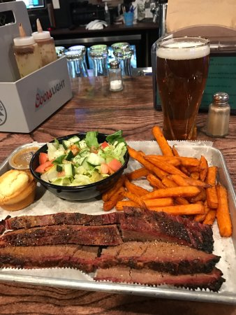 Waukegan, IL: Comida deliciosa, cozimento perfeito, atendimento muito carinhoso e bem feito para você se senti