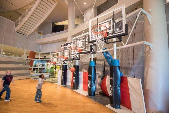 Basketball Hall of Fame : Kids Courts