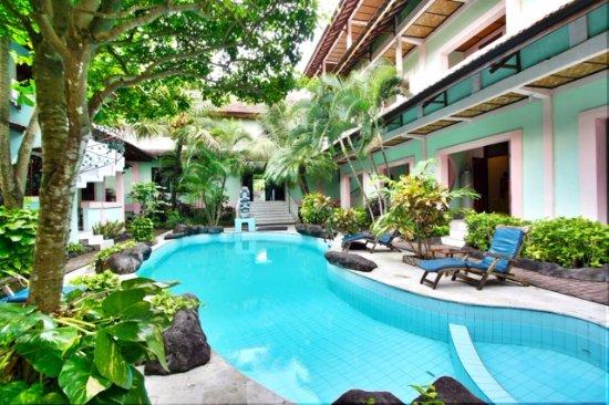 Villa puri royan bewertungen fotos preisvergleich for Swimming pool preisvergleich