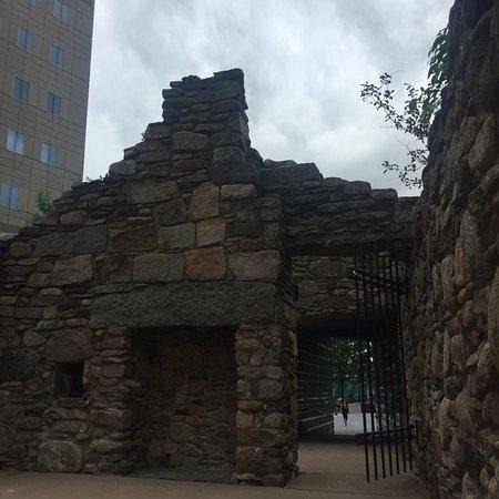 Irish Hunger Memorial: A secret gate.