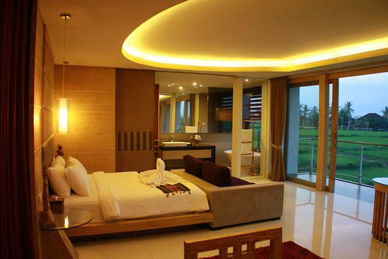 Green Fields Luxury Villas Beautiful Guest Room
