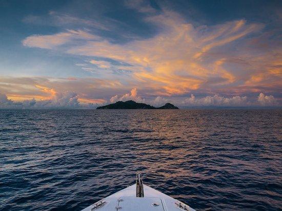 north island seychelles bewertungen fotos preisvergleich seychellen. Black Bedroom Furniture Sets. Home Design Ideas