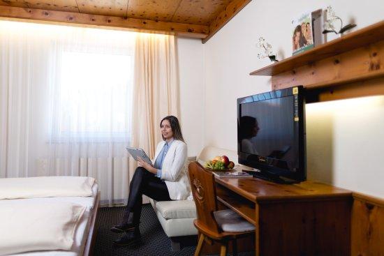 Ansfelden, ออสเตรีย: Standardzimmer