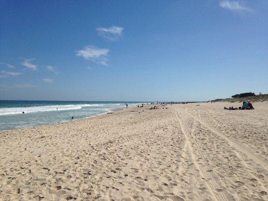 Trigg, Australia: Beach looking north