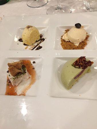 Torregrotta, Italia: mosaico di dessert 2