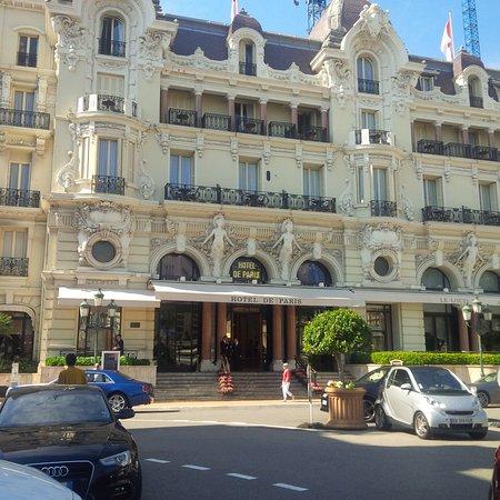 Hotel De Paris Photo