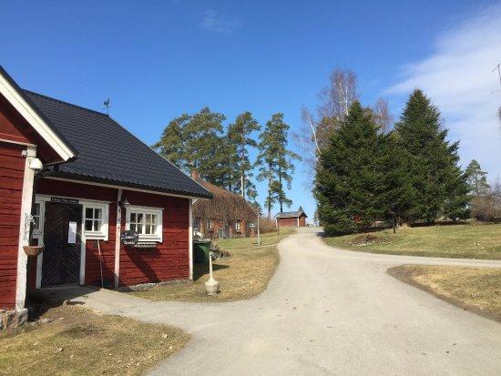 Palkane, فنلندا: Rönnvikin viinitila, Laitikkala, Finland