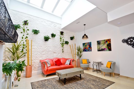 The zentral arenal suites updated 2018 apartment reviews for Appart hotel seville