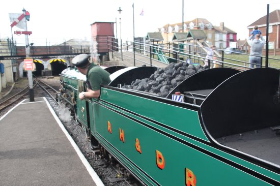 Littlestone-on-Sea, UK: Ready for the tunnel at New Romney