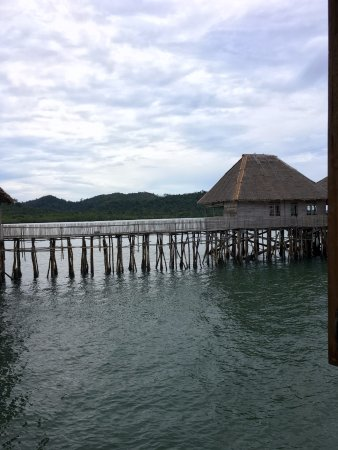 Telunas Beach Resort: How cool is this place?! Totally unique experience - loved falling asleep to the sound of the wa