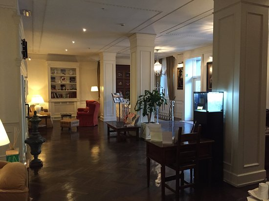 Hotel Executive Florence: Reception area
