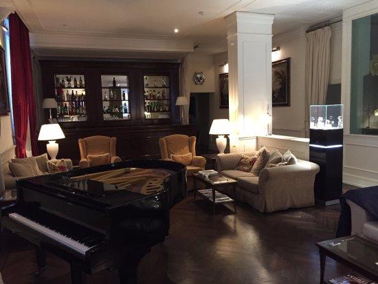 Hotel Executive Florence: Reception area