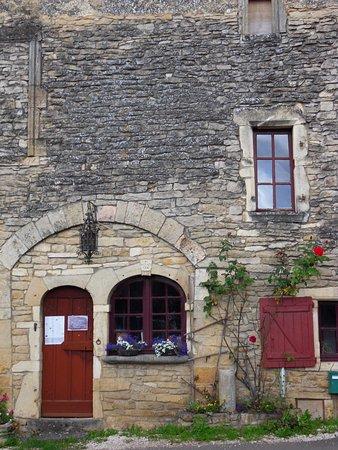 Chateauneuf, France: Vue Extérieure