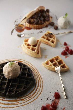เวียงจูมออน ทีเฮาส์: VJO Waffles Festival