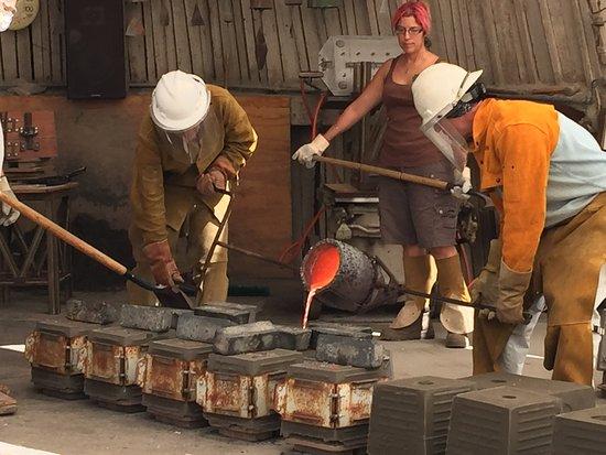 Casting a bell at Cosanti Originals