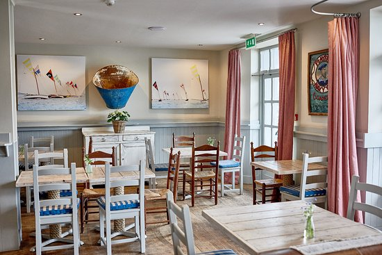 St Mawes, UK: Lower Deck - dining