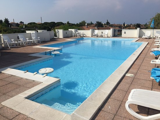 Hotel Alfieri: Highly recommend, this is a warm and friendly family run hotel with amazingly helpful staff. A t