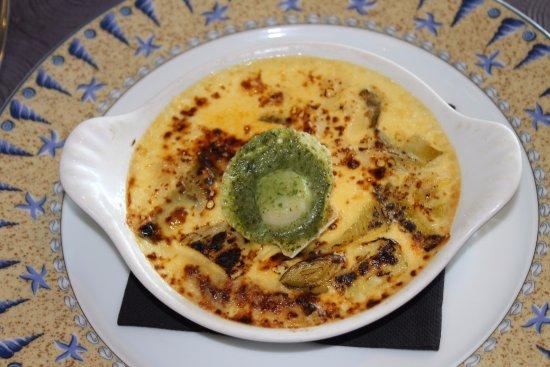Restaurant le QG : Cassolette d' écrevisses & Saint-Jacques façon crème brûlée