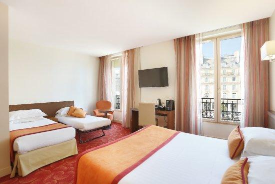 Le Grand Hotel de Normandie : Chambre quadruple