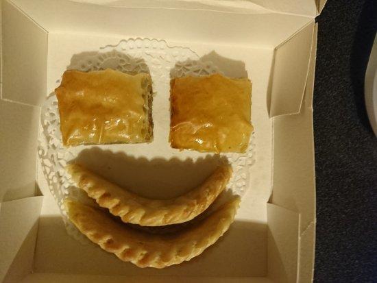 L'Arganier: Smiley de pâtisseries (à emporter)